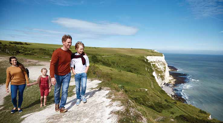 Family walking at the top of the White Cliffs of Dover
