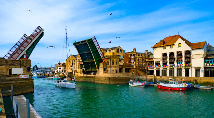 Weymouth lifting bridge and quayside