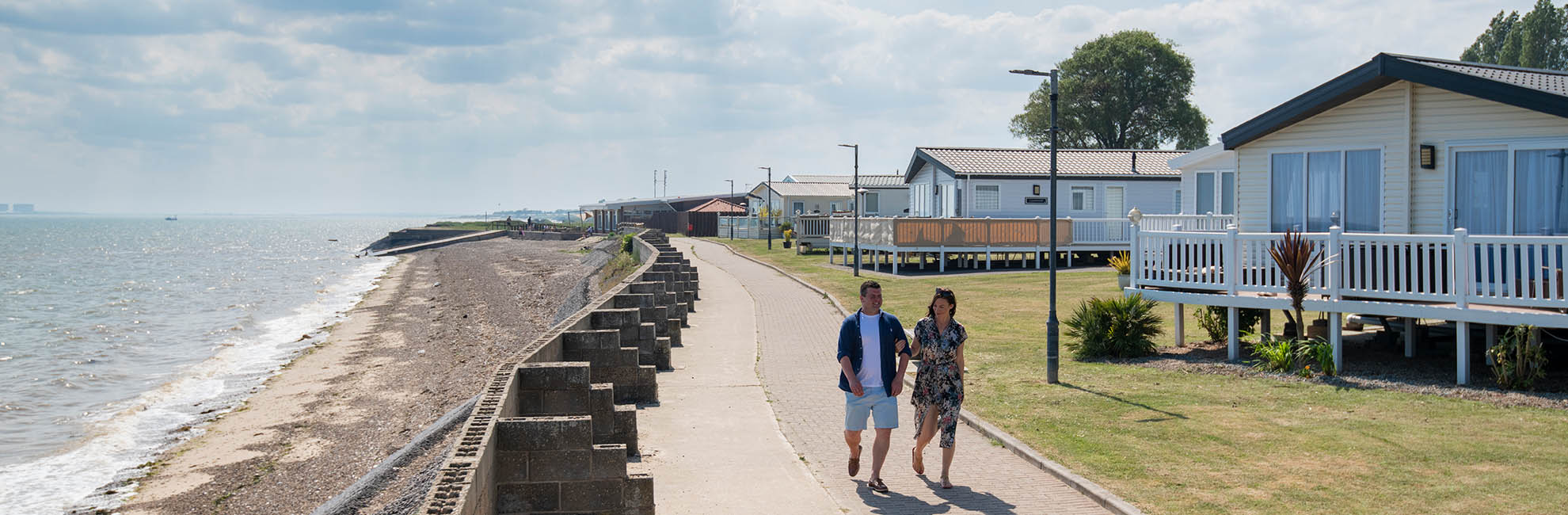 e8d6cf9b20345 Coopers Beach Holiday Park, Essex | Parkdean Resorts