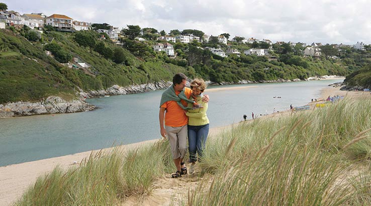 A walk through the sand dunes at Crantock Beach