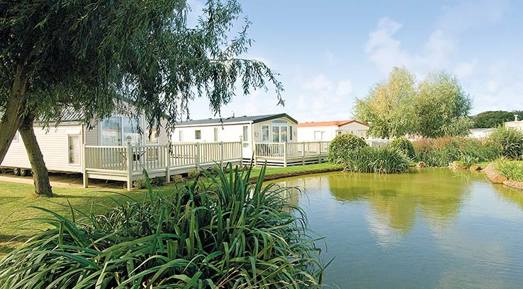 Waterside lodges at Manor Park