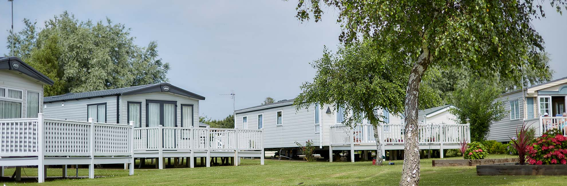 Lakeside lodges at Manor Park