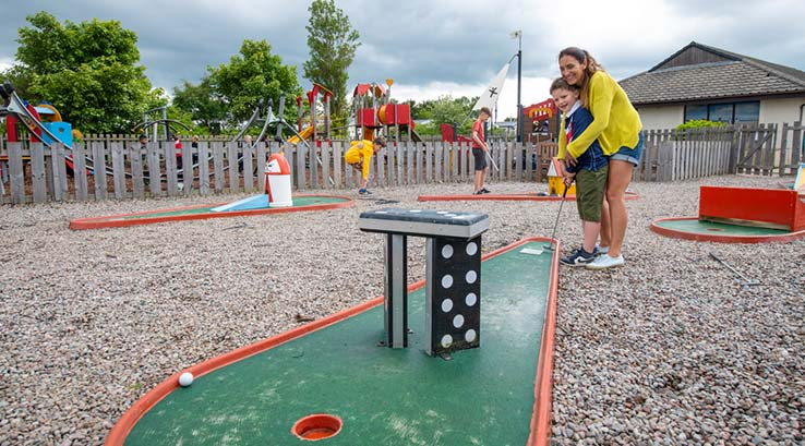 Crazy golf fun at Nairn Lochloy