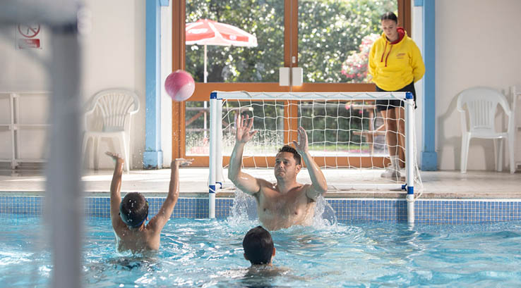Caravans lodges for sale at st minver holiday park - Holiday lodges with swimming pools ...