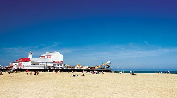 The beach and pier at Great Yarmouth