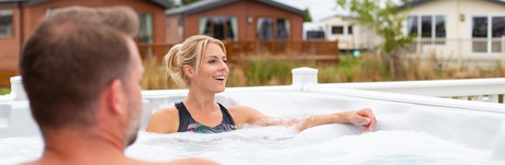 Hot Tub Breaks in East Anglia and Lincolnshire| Parkdean ...