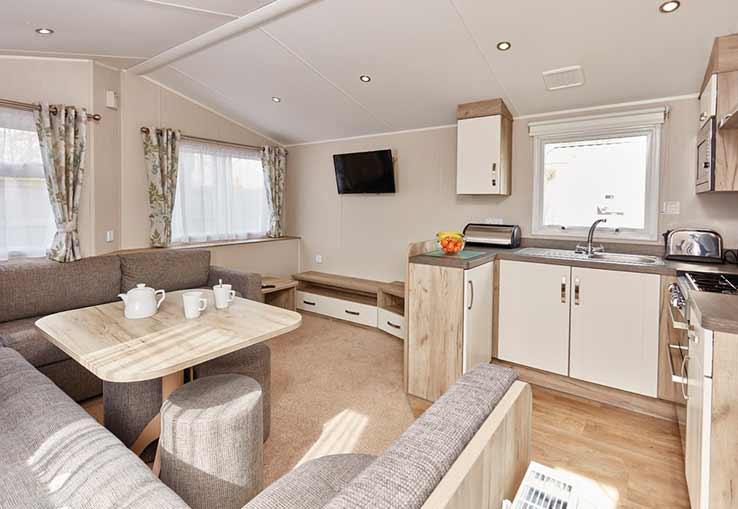 https://www.parkdeanresorts.co.uk/~/media/parkdean-resorts/units/carines_4977/lounge01.jpg