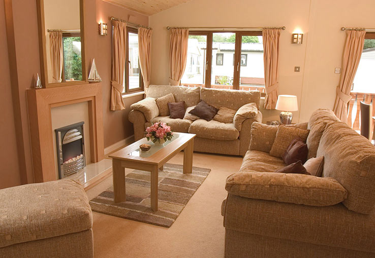 https://www.parkdeanresorts.co.uk/~/media/parkdean-resorts/units/cedar-3-bed-plus_229/lounge01.jpg
