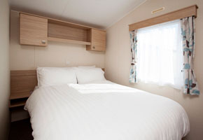 This caravan is modern and packed with everything you need. There's double glazing and central heating for your comfort, a DVD player and CD player as well as a fully equipped kitchen and dining area.