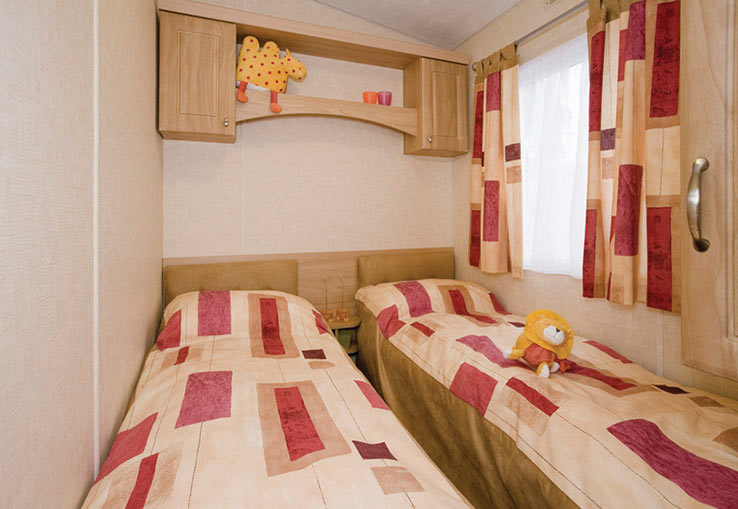 With central heating and double glazing it's nice and warm. Plus this modern and stylish caravan has plenty of extra home comforts so you'll all enjoy a relaxing stay.