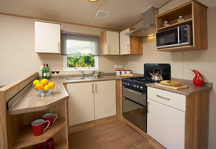 https://www.parkdeanresorts.co.uk/~/media/parkdean-resorts/units/maidencombe_1278/kitchen01.jpg
