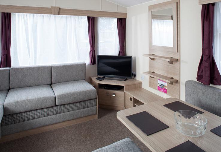 https://www.parkdeanresorts.co.uk/~/media/parkdean-resorts/units/perranporth_1273/lounge01.jpg