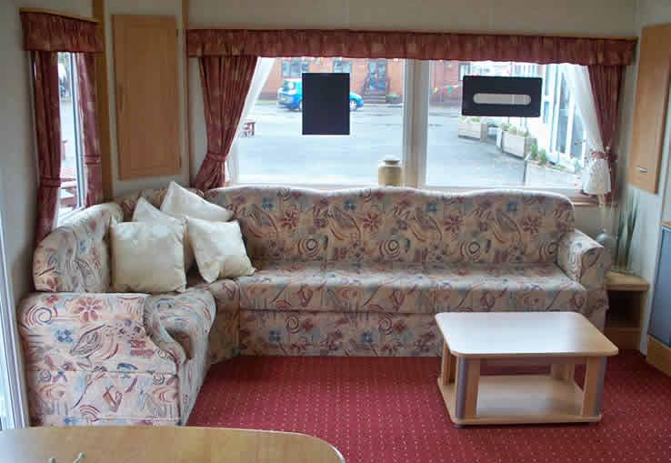 https://www.parkdeanresorts.co.uk/~/media/parkdean-resorts/units/portreath_673/lounge01.jpg