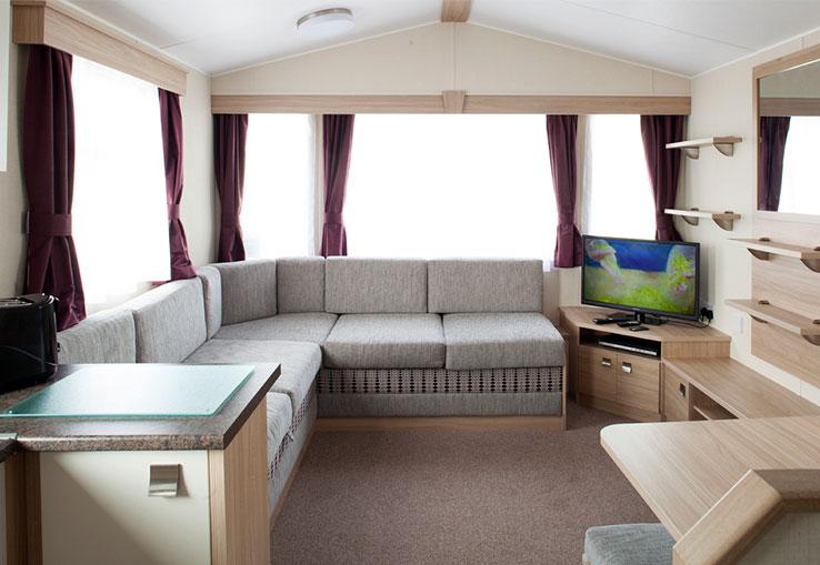 https://www.parkdeanresorts.co.uk/~/media/parkdean-resorts/units/whitsand_4907/lounge01.jpg